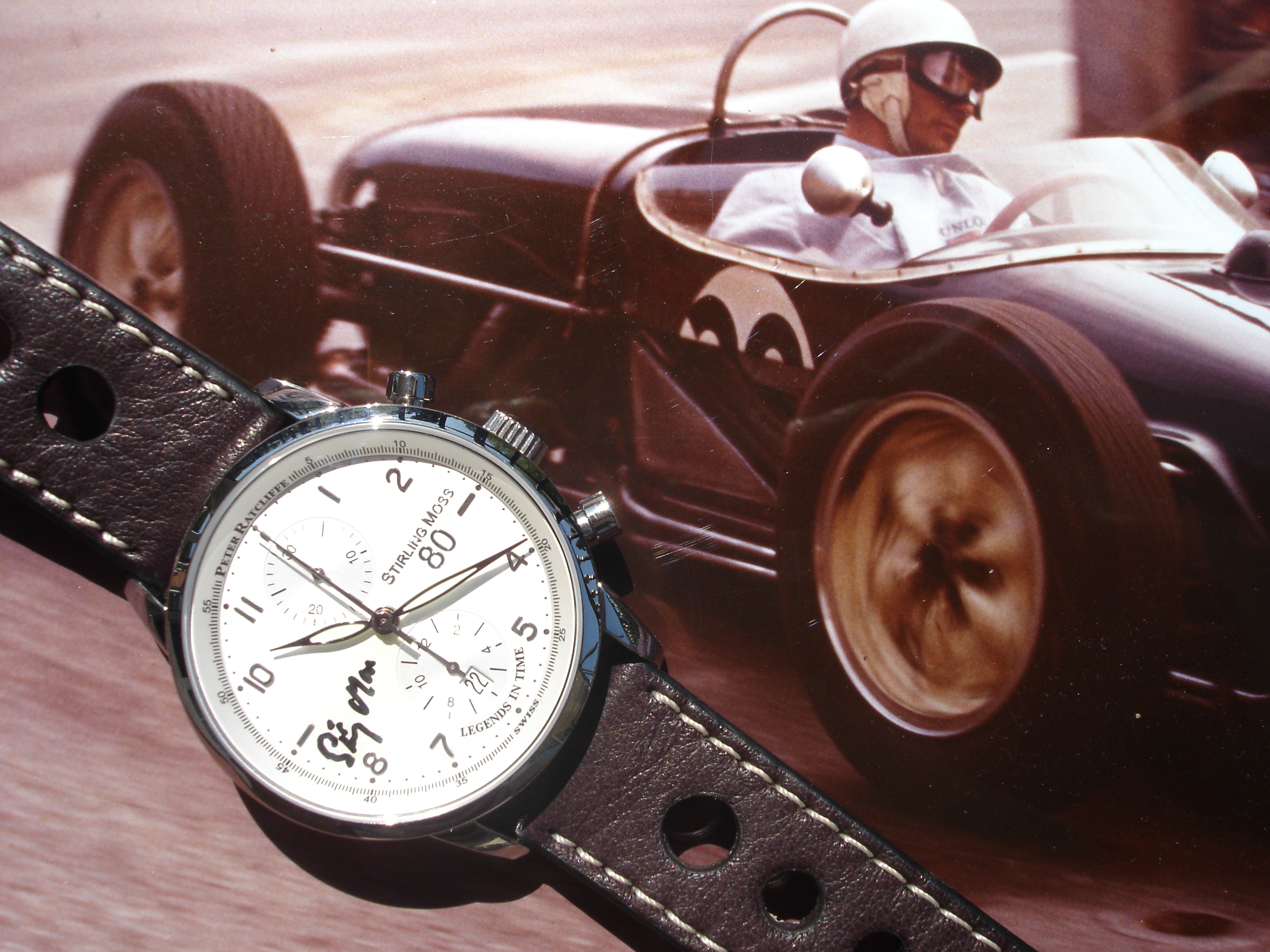 The Stirling Moss 80 features